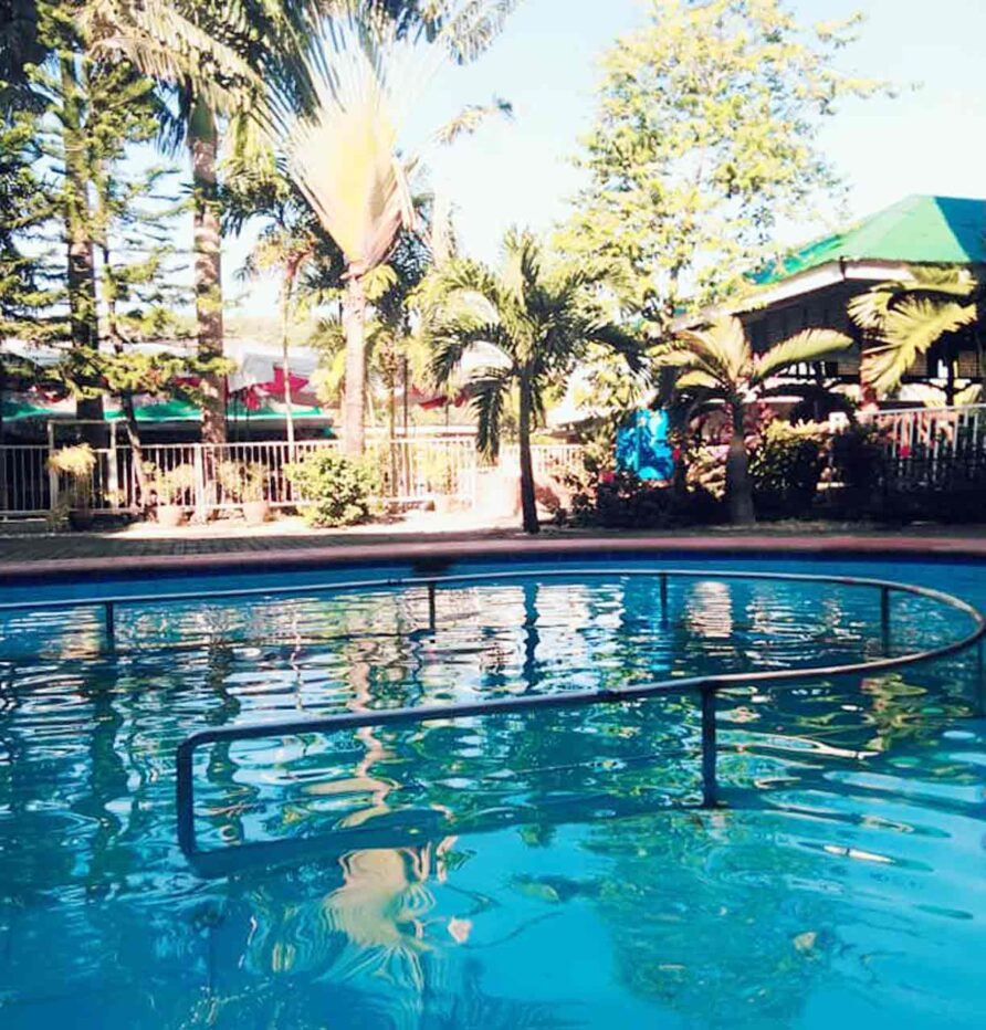 puerto galera hotel with swimming pool